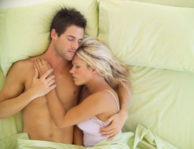 Uyku ve seks  Günde yedi saat uyumamız gerektiğini hepimiz biliyoruz. Peki, uyku ve seksin bağlantılı olduğunu biliyor muydunuz? Bu bilgiler yatakta sevgilinizi daha iyi anlamanızı sağlayacak...